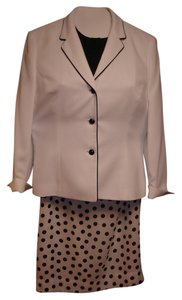 Le Suit White Jacket Black Polka Dot on White Skirt Black Blouse