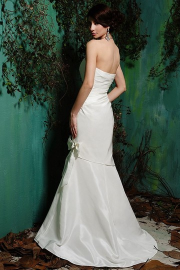 Eden White Taffeta 1378 Traditional Wedding Dress Size 4 (S)