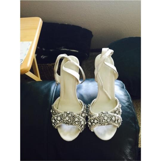 BHLDN White Satin Size US 6 Regular (M, B) Image 4