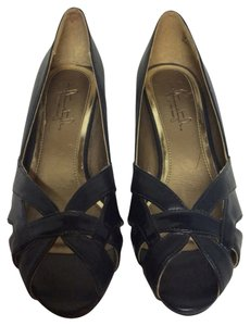 Hush Puppies Navy Pumps