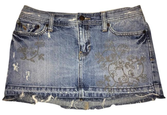 Preload https://item1.tradesy.com/images/abercrombie-and-fitch-miniskirt-denim-blue-with-gold-embroidery-3422080-0-0.jpg?width=400&height=650