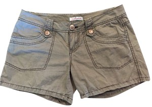 UNIONBAY Mini/Short Shorts Green (kind of artichoke or army green)