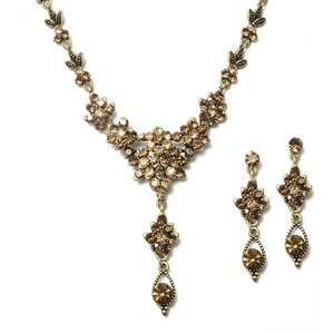 Mariell Brown Multi Crystal Cluster Necklace Set 1003s-st