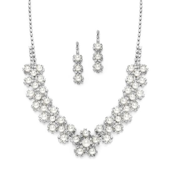 Mariell Silver White Pearl Rhinestone with Daisies 3805s-w-s Necklace