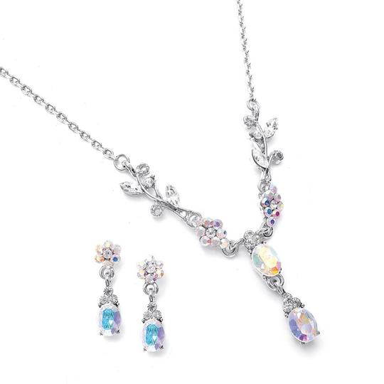 Preload https://img-static.tradesy.com/item/3424765/mariell-silver-dainty-floral-bridesmaid-or-prom-105s-ab-necklace-0-0-540-540.jpg