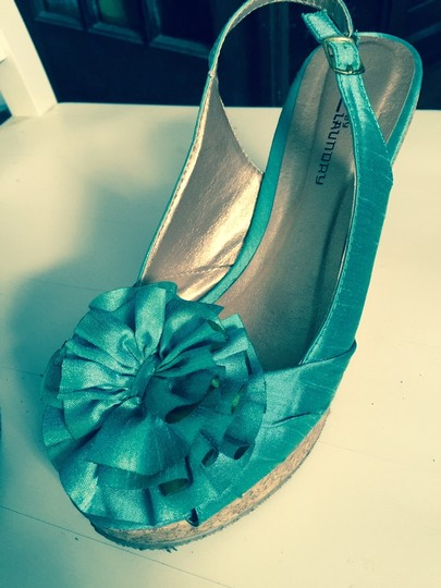 CL by Laundry Flower Slingback azure blue Wedges