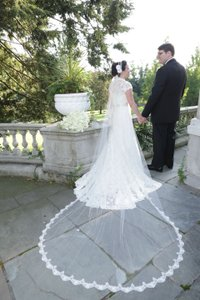 Alita Graham For Kleinfeld Long Lace Veil