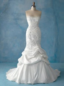 Alfred Angelo Disney Ariel Wedding Dress