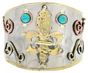 Art Deco Hammered Metal Turquoise Accent Tribal Fleur de Lis Cuff Bracelet
