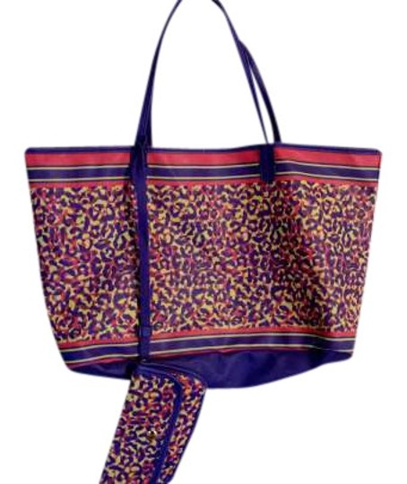 Preload https://img-static.tradesy.com/item/342848/shoedazzle-colorful-leopard-blue-red-yellow-nylon-tote-0-0-540-540.jpg