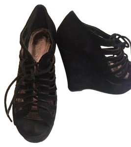 Bakers Suede Platform Peep Toe Sandals Lace Up Black Wedges