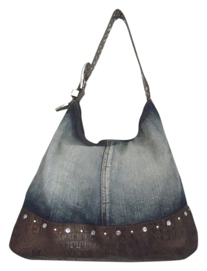 Preload https://img-static.tradesy.com/item/3429598/dg2-by-diane-gilman-and-faux-leather-rhinestone-with-magnetic-closure-blue-denim-hobo-bag-0-0-540-540.jpg