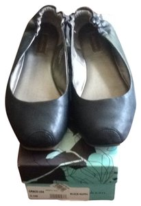 Ruby & Bloom Ballet Leather Black Flats