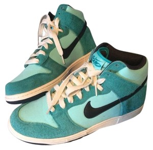 Nike Womens Size 11 Dunk 6.0 GREEN TROPICAL TWIST ANTHRACITE Athletic
