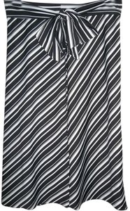 Rafaella Stripe Diagonal Stripe Side Sash Medium Slip On Skirt Black/White