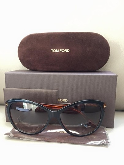 Tom Ford $350 Brand New with case Women's Tom Ford Sunglasses FT0325 03F