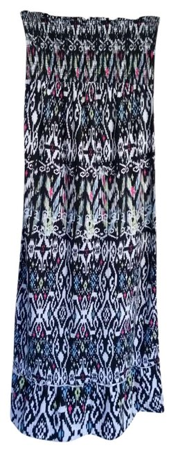 Preload https://item5.tradesy.com/images/xhilaration-black-white-blue-and-pink-long-casual-maxi-dress-size-10-m-343079-0-0.jpg?width=400&height=650