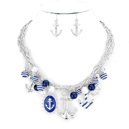 Preload https://img-static.tradesy.com/item/3431650/clear-crystal-rhodiumsilver-tone-blue-nautical-by-the-sea-multichain-accent-pearl-drops-anchor-charm-0-0-540-540.jpg
