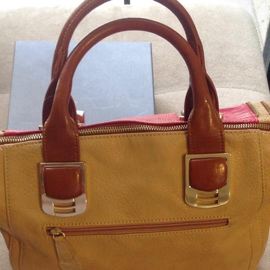 Steve Madden Satchel in Fuschia/Tan