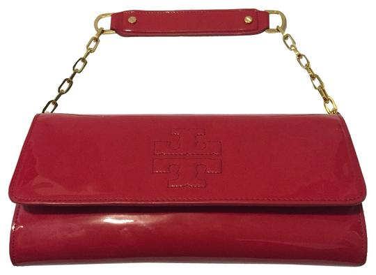 Preload https://item4.tradesy.com/images/tory-burch-red-leather-shoulder-bag-3431698-0-0.jpg?width=440&height=440