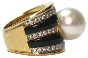 Onyx Pearl Diamond Gold Ring