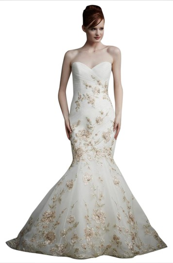 Enzoani Ivory/ Antique Gold Tule Juliet Modern Wedding Dress Size 12 (L)