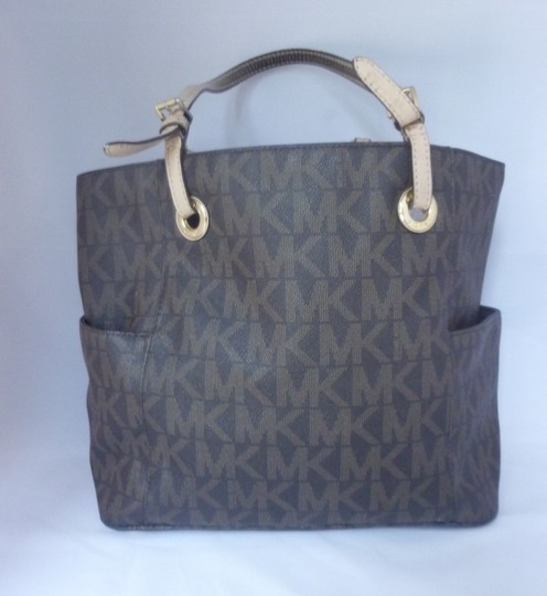 Michael Kors Leather Gold Hardware Logo Tote in Brown