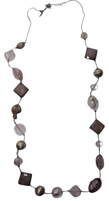 Item - White/Grey Long Beads Necklace