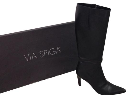 Preload https://img-static.tradesy.com/item/3435490/via-spiga-black-bootsbooties-size-us-7-regular-m-b-0-0-540-540.jpg