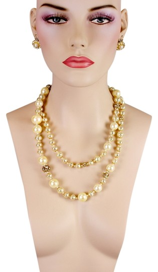 Preload https://item5.tradesy.com/images/jay-strongwater-off-white-pearl-link-necklace-3437269-0-0.jpg?width=440&height=440