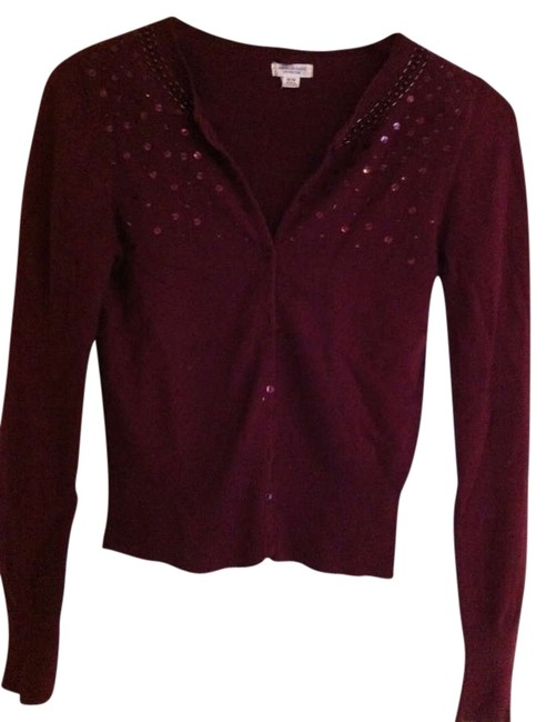 Preload https://img-static.tradesy.com/item/343820/american-eagle-outfitters-maroon-cardigan-size-8-m-0-0-650-650.jpg