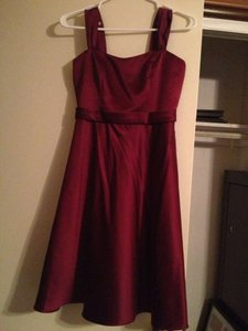 David's Bridal Sangria Satin Style Wide Strap Tea Length Formal Bridesmaid/Mob Dress Size 2 (XS)