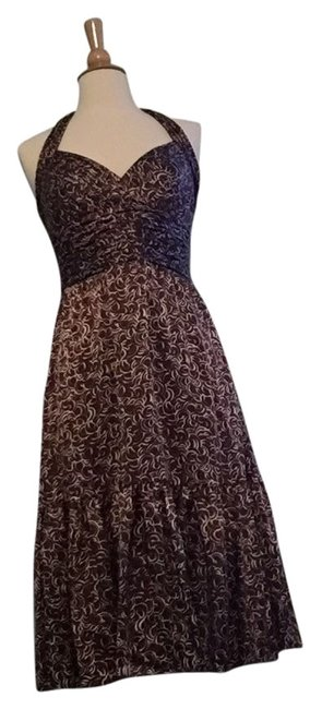 Preload https://item4.tradesy.com/images/bcbgmaxazria-brown-with-white-pattern-mid-length-cocktail-dress-size-4-s-3440353-0-0.jpg?width=400&height=650