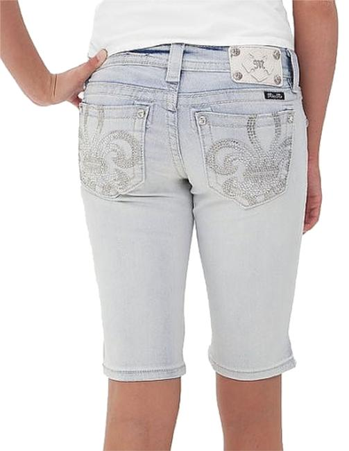 Preload https://img-static.tradesy.com/item/3440416/miss-me-light-blue-wash-signature-bermuda-shorts-jp7026m-capricropped-jeans-size-27-4-s-0-0-650-650.jpg