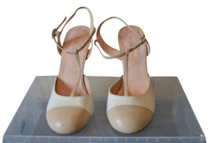 Le Château Hawkenapparel Strappy Size 6 White Summer Heels Beige Pumps