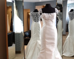 1403 Wedding Dress