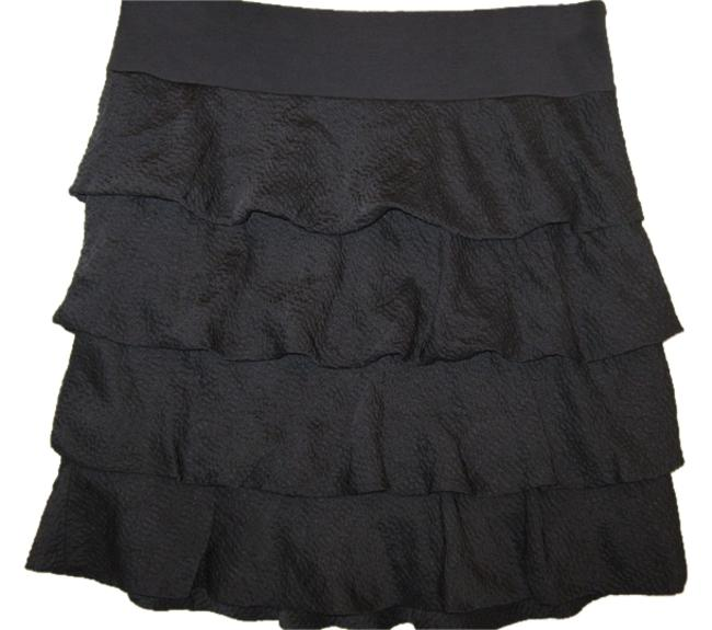 Preload https://img-static.tradesy.com/item/3443938/ann-taylor-gray-silk-ruffle-knee-length-skirt-size-6-s-28-0-0-650-650.jpg