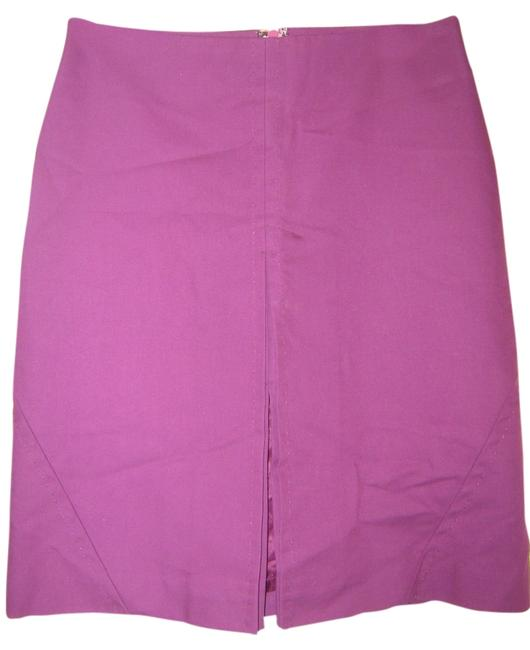 Preload https://img-static.tradesy.com/item/3444106/bcbgmaxazria-pinkraspberry-knee-length-skirt-size-4-s-27-0-0-650-650.jpg