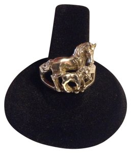 9.2.5 Sterling Silver Adult with Baby Horse ring.