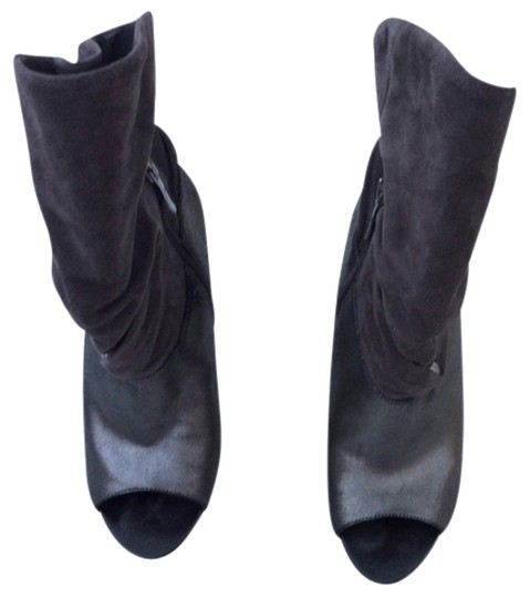 Preload https://item5.tradesy.com/images/marciano-grey-boots-3445564-0-0.jpg?width=440&height=440