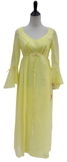 Preload https://img-static.tradesy.com/item/3448777/yellow-vintage-belle-long-casual-maxi-dress-size-6-s-0-0-650-650.jpg