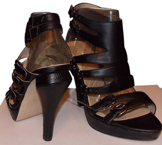 Preload https://img-static.tradesy.com/item/3449290/bcbgmaxazria-black-leather-sandals-size-us-65-regular-m-b-0-0-540-540.jpg