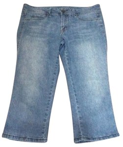 fragile Capri/Cropped Denim-Medium Wash