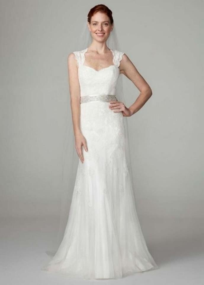 Davids Bridal Ivory Lace Tulle Cap Sleeve Slim Gown With Keyhole Back Style Vw9768