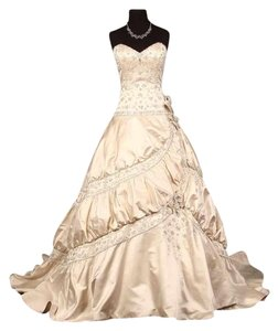 Amalia Carrara 290 Wedding Dress