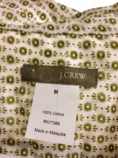 Preload https://item2.tradesy.com/images/jcrew-green-lightweight-blouse-perfect-for-springtime-blouse-size-8-m-34516-0-0.jpg?width=400&height=650