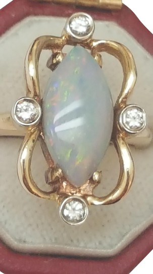 Preload https://img-static.tradesy.com/item/345272/yellow-estate-vintage-14k-gold-320ctw-diamonds-natural-opal-ring-0-2-540-540.jpg