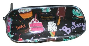 Betseyville by Betsey Johnson Betseyville Birthday Cosmetic Case
