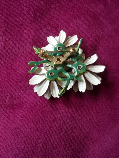 Other Vintage Daisy Pin Brooch