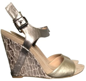 9 & Co. Metallic Gold/Silver Multi Wedges